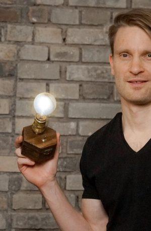 Changement! Mag article (Handelsblatt) TimeBulb Startup Image Shooting